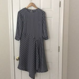 Asymmetrical silky striped dress - 4